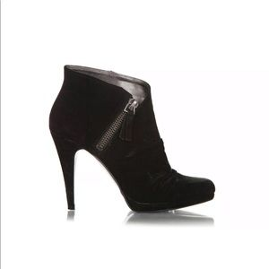 Nine West suede leather booties 8.5 pointy heels